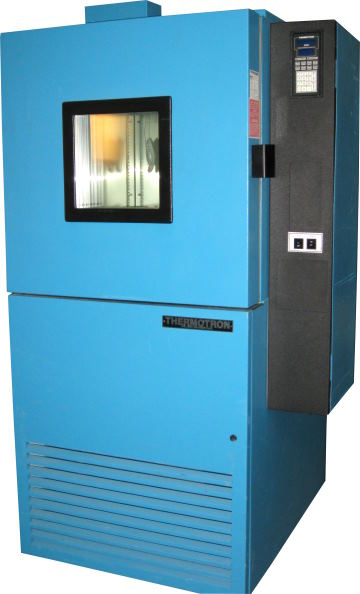 Used THERMOTRON SM-8C Humidity Chambers/ Production Chambers/ Temperature Humidity Chambers