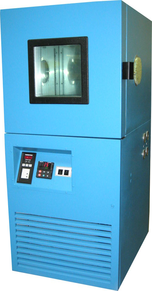 Used THERMOTRON S-4 Production Chambers/ Temperature Chambers