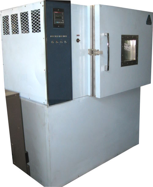 Used ASSOCIATED SK-3108 CO2 LN2 Chambers/ Temperature Chambers