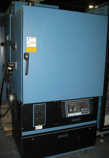 Used BLUE M CC05S-M-E-HP Industrial Ovens/ Batch Ovens/ Annealing Ovens/ Heat Treat Ovens/ Powder Coating Ovens