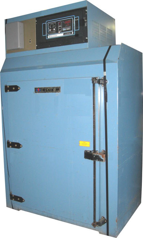 Used INDUSTRIAL OVEN - BLUE M POM7-246F Industrial Ovens/ Batch Ovens/ Curing Ovens/ Heat Treat Ovens/ Powder Coating Ovens