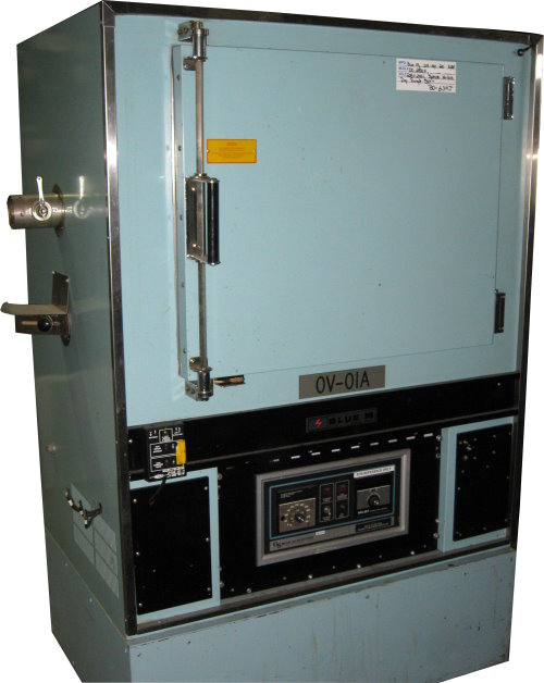 Used BLUE M DC-256F Industrial Ovens/ Batch Ovens/ Bench Top Ovens/ Curing Ovens/ Heat Treat Ovens/ Powder Coating Ovens
