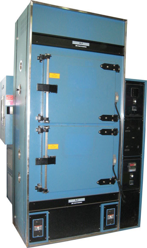 Used BLUE M STK-05W-G-MP550 Industrial Ovens/ Batch Ovens/ Curing Ovens/ Heat Treat Ovens/ Powder Coating Ovens