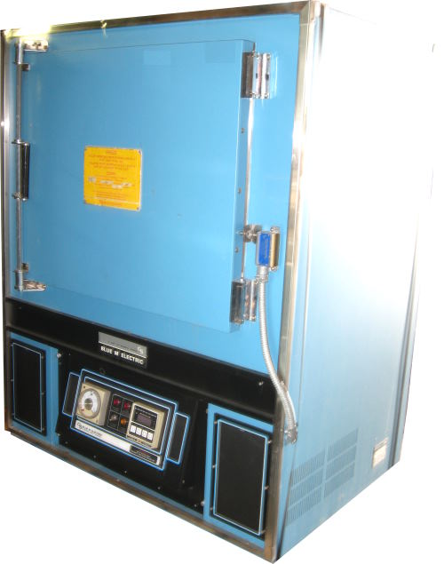 Used BLUE M MP-256A-FHP Industrial Ovens/ Batch Ovens/ Heat Treat Ovens/ Powder Coating Ovens