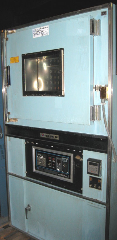 Used BLUE M DC-256GHP Industrial Ovens/ Batch Ovens/ Curing Ovens/ Powder Coating Ovens/ Annealing Ovens