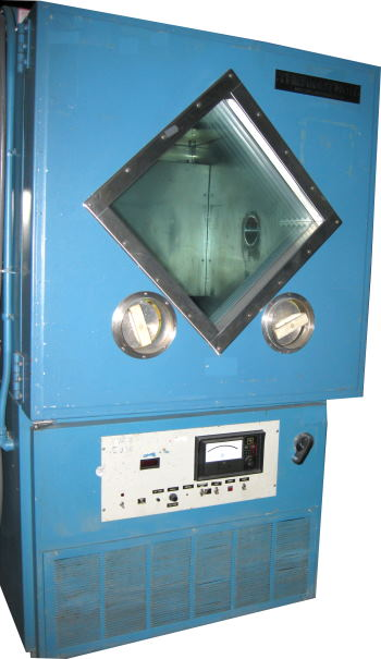 Image of THERMOTRON-Temperature-Test-Chamber-Model-S-16C by LR Environmental  Equip.Co Inc.