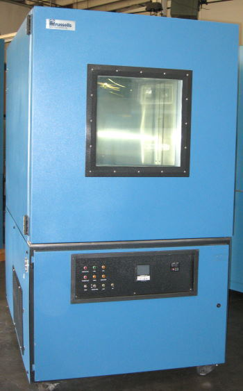 Used RUSSELLS RB-32-33 Production Chambers/ Temperature Chambers