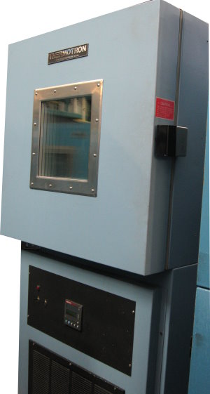 Image of THERMOTRON-Temperature-Chamber-Model-S-8 by LR Environmental  Equip.Co Inc.