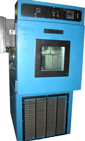 Used ENVIROTRONICS ST-8 Temperature Chambers