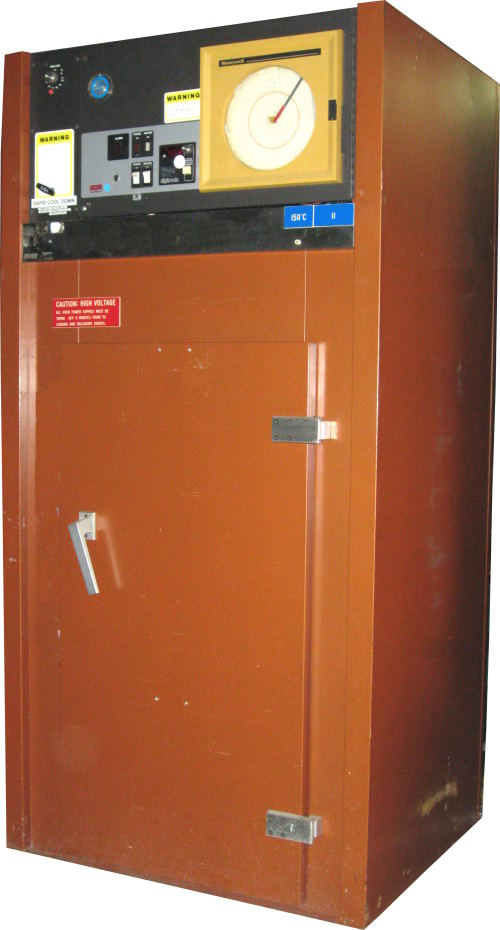 Used DESPATCH PBC2-16 Industrial Ovens/ Batch Ovens/ Curing Ovens/ Heat Treat Ovens/ Powder Coating Ovens