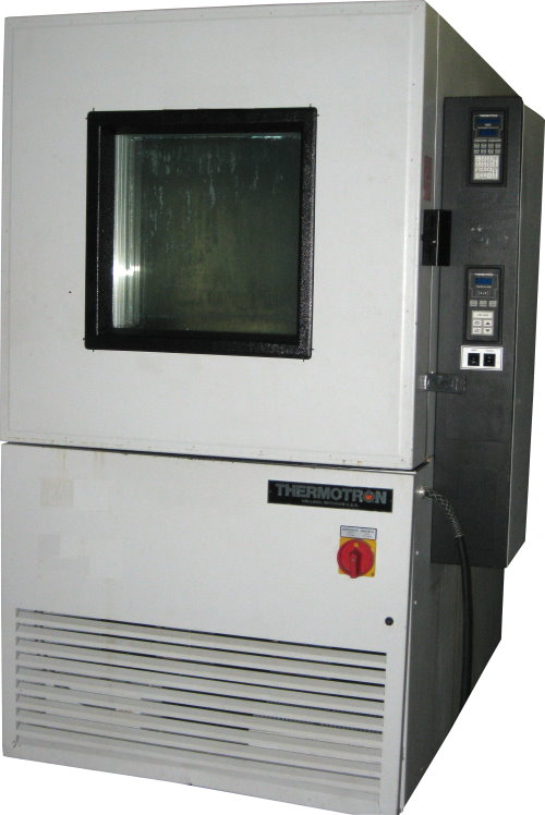 Used THERMOTRON SM-18C Humidity Chambers/ Production Chambers/ Temperature Chambers/ Temperature Humidity Chambers