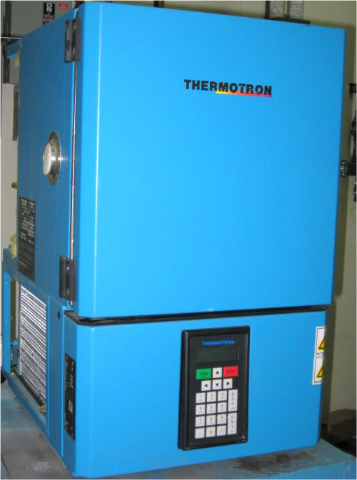 Used THERMOTRON SM-1-0-3200 Temperature Chambers/ Temperature Humidity Chambers