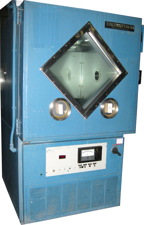 Used THERMOTRON S-16C Production Chambers/ Temperature Chambers